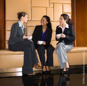 Networking etiquette for business and friendship (Photo)